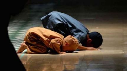 Adab dan Pendidikan Agama, Kunci Sukses Masa Depan Anak