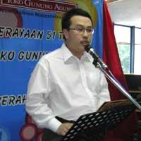 Ketut Abdurrahman Masagung, Mengukuti Jejak Ayah yang Menjadi Muallaf