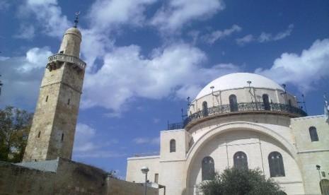 Teladan Khalifah Umar dan Shalauddin al-Ayubbi