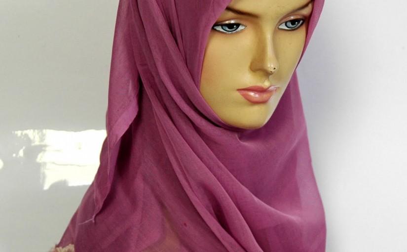 Wahai Kaum Muslimah, Jagalah Hijabmu!