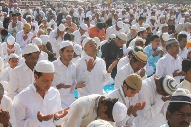 Bacaan Doa Niat dan Tata Cara Shalat Idul Fitri dan Idul Adha Sebagai Makmum