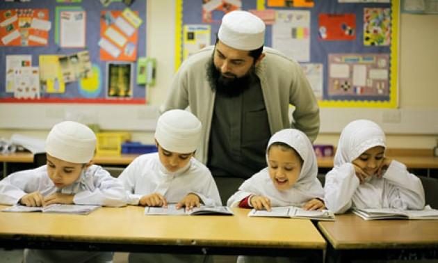 Mendisiplinkan Anak Dengan Lima Pendekatan DKS
