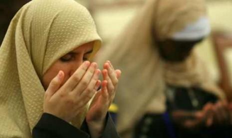 Febi Kusuma Belajar Islam dari Pembantu