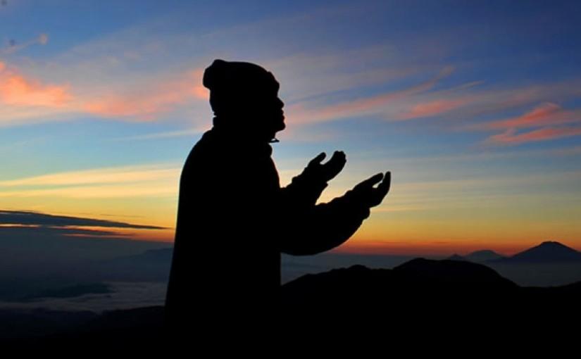 10 Faedah Berdoa dengan Lemah Lembut