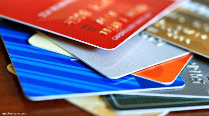 Bolehkah Kita Memakai Kartu Kredit?