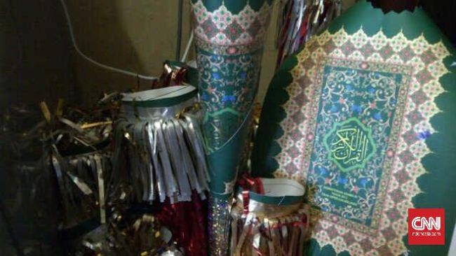 Produsen Terompet dari Sampul Al-Quran Minta Maaf