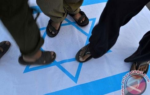 Zionis Israel Larang Menlu RI Masuk Ramallah Palestina