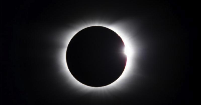 Gerhana Matahari, Allahu Akbar Jadi Trending Topic