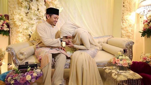 Taati Suami, Jangan Membangkang
