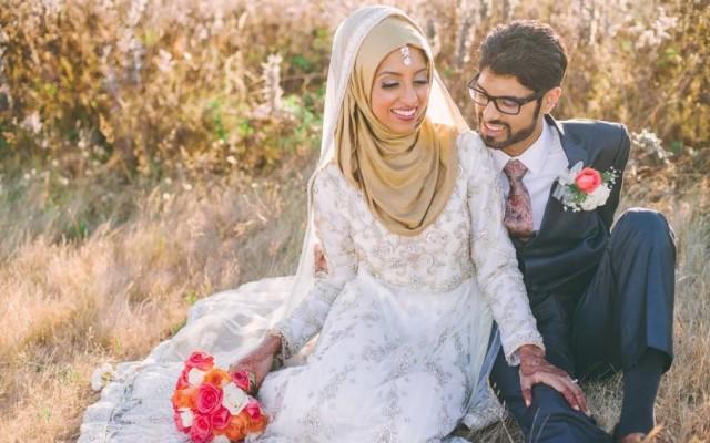 Kiat Menjadi Suami Istri yang Romantis (Bagian 2)