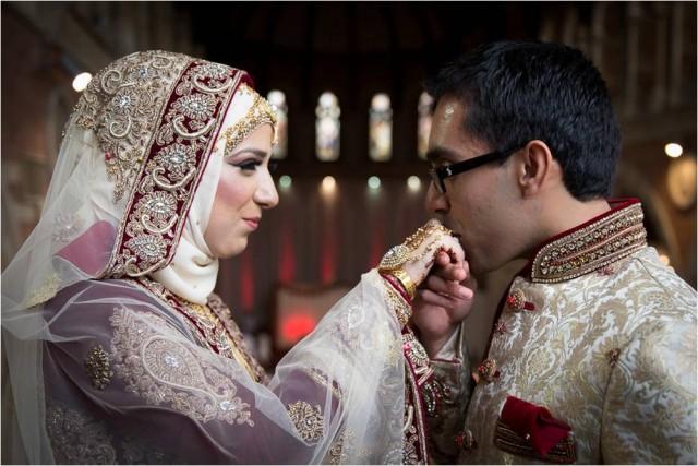 Ingin Menjadi Istri yang Lembut? Ini Kiatnya