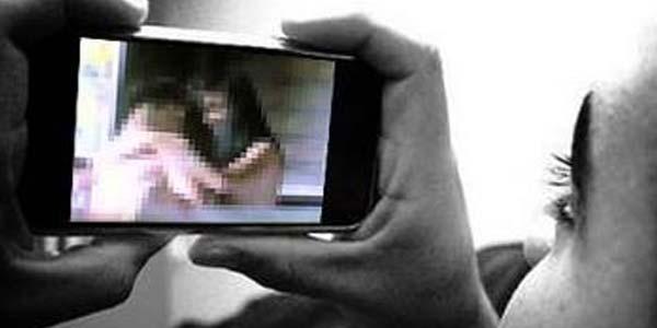 Bolehkan Lihat Gambar Porno Demi Kepuasan Seksual?