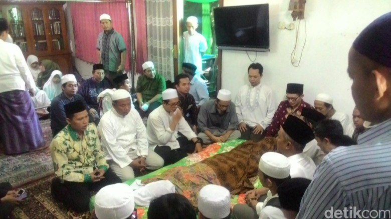 KH Ali Mustafa Yaqub dan Seruan 'Berhaji Cukup Sekali, Infak Ribuan Kali'