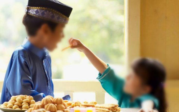 Memaksa Anak untuk Berpuasa