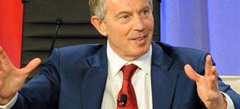 Tony Blair Mengaku Membaca Al Qur'an Setiap Hari