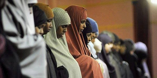 Pandangan Islam tentang Salat Jumat bagi Wanita