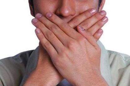 Salah Paham Mengenai Bau Mulut Orang yang Berpuasa