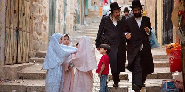 Umat Non-Muslim Perlu Berterima Kasih pada Islam