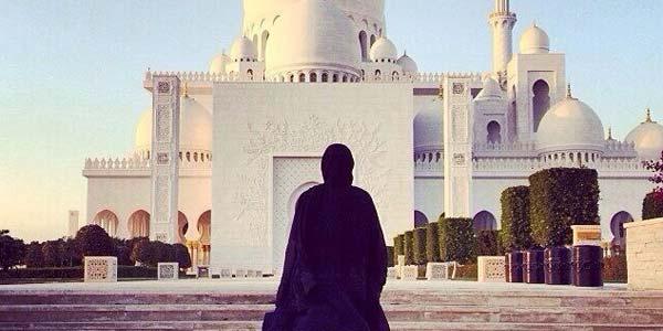 Kisah Wafatnya Wanita Penyapu Masjid Madinah