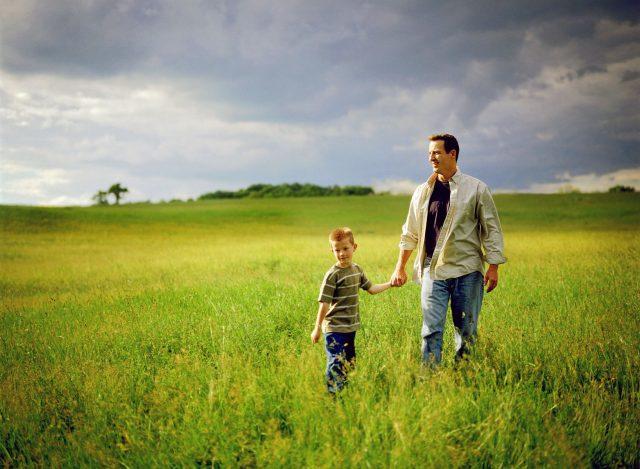 Wahai Para Orang Tua, Lindungilah Anak-Anakmu