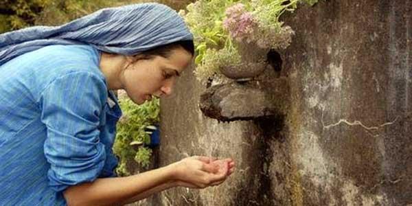 Kisah Pilu Wanita Taat Ibadah tapi Tak Berhijab