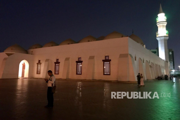 Masjid Kisas, Masjid Sederhana di Tepi Laguna Penuh Sensasi