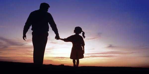 Batasan Seorang Ayah Melihat Aurat Putrinya