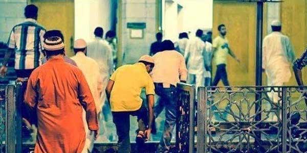 Anda Masuk Masjid Setelah Ikamah?