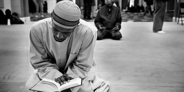 Contoh Sifat Malu Orang-Orang Saleh