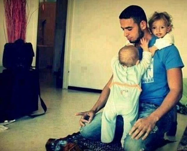 Ayah Bunda, Jangan Pilih Kasih Pada Anak-anakmu!