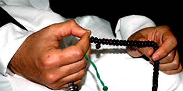 Berzikir Meninggikan Derajat di Sisi Allah