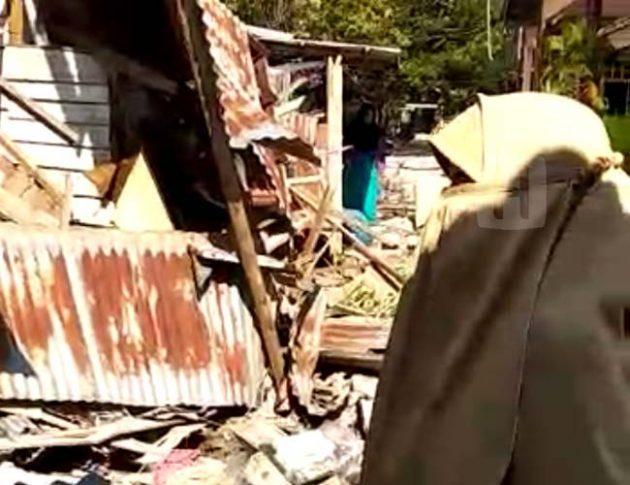 Lari Saat Gempa, Muslimah Sempatkan Ambil Kerudung