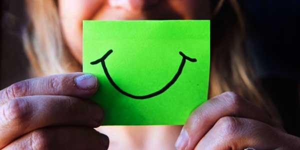 Tersenyumlah…