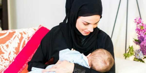 Allah Tak Wajibkan Puasa atas Ibu Hamil Menyusui