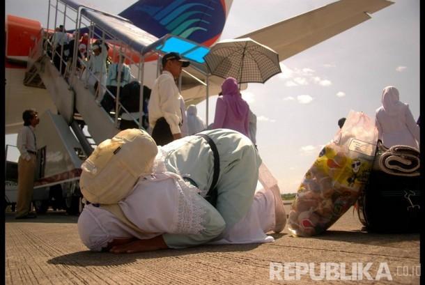 Lansia Naik Haji dengan Modal Menabung Rp 30 Ribu