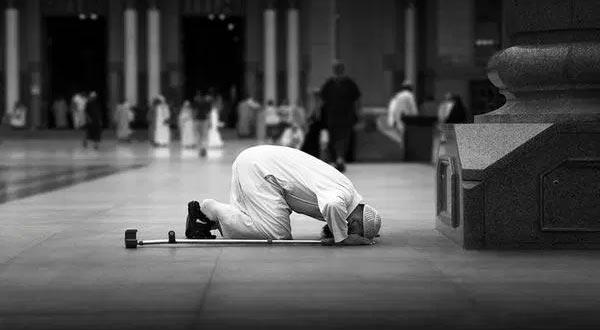 Betapa Agungnya Syahadat, Salat dan Zakat (2)