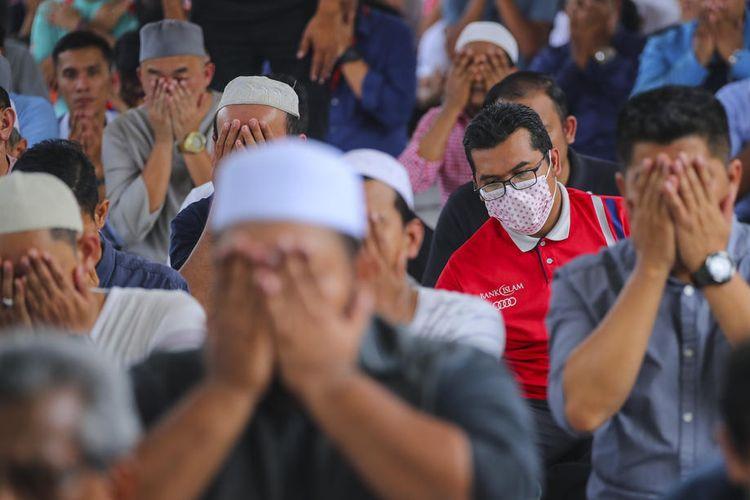 Panduan Shalat Tarawih di Rumah Saat Wabah Corona