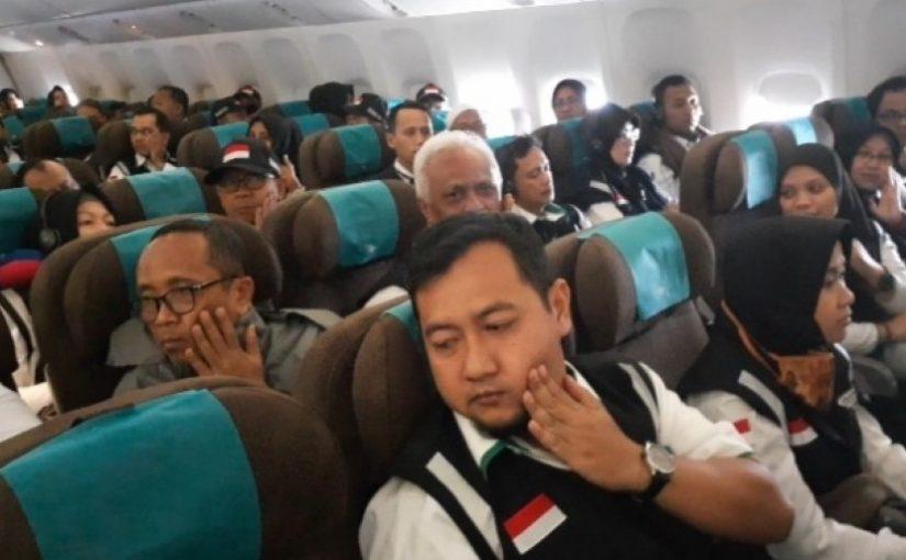 Kegiatan dan Larangan Jamaah Haji Selama di Pesawat