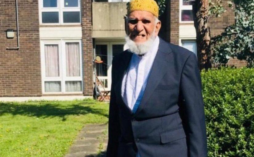 Muslim London Berusia 100 Tahun Keliling Kumpulkan Sedekah