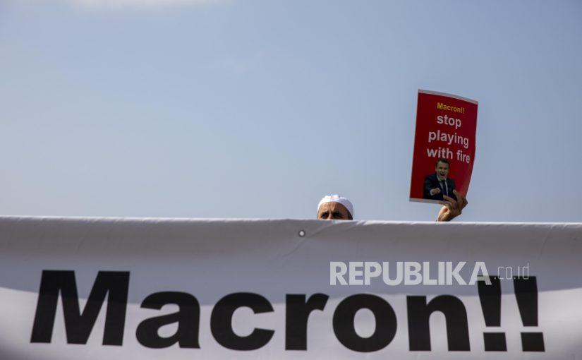 Sebut Macron Anti-Islam, SI Ajak Boikot Produk Prancis