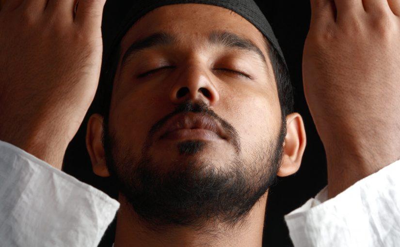 Terapi Istighfar dan Sedekah, Pembuka Rezeki dan Keturunan