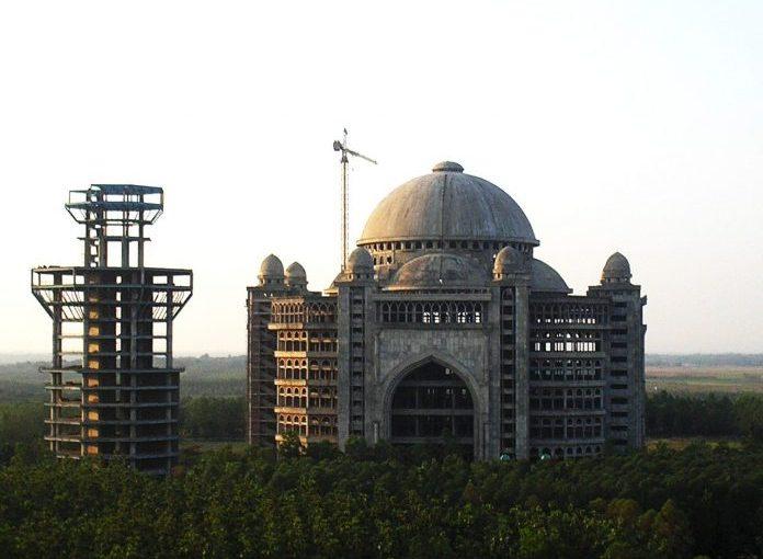 Masjid Wakaf Dibongkar Untuk Renovasi, Apakah Pahala Masih Mengalir?