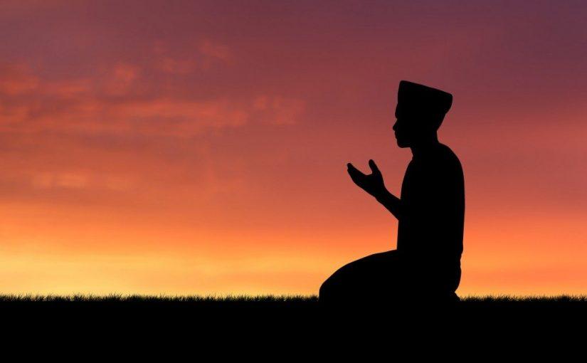 Saat Merasa Banyak Dosa, Bacalah Istighfar Sahabat Umar Ini