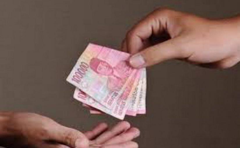 Hukum Suami Memakai Uang Istri